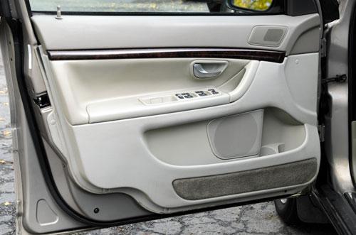 the inside of a car door